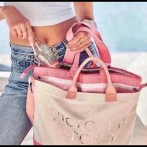NWT-💕VS PINK 2:1 TOTE & INSULATED COOLER